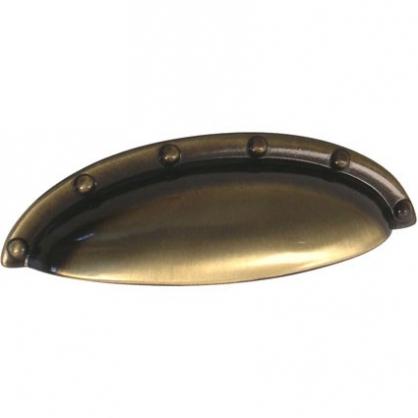 Poignée zamac 64 mm 765