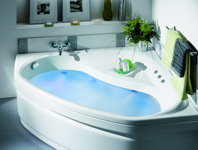 Une douche et une baignoire dans ma salle de bain for Salle de bain avec baignoire d angle et douche